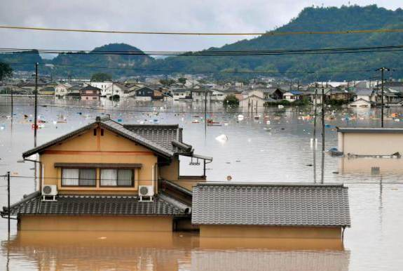 Japan flooding via AP & CNN