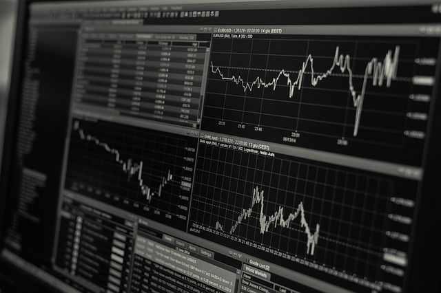 trading-stock-shares-derivatives