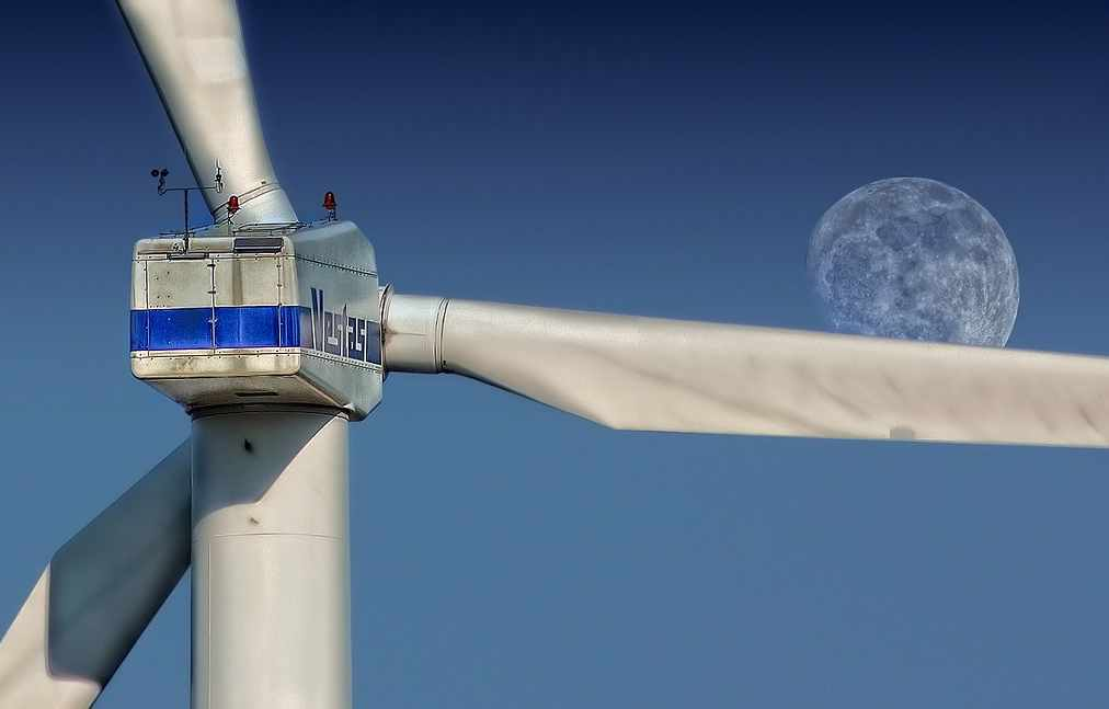 wind-farm-turbine