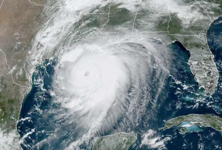 hurricane-laura-landfall-noaa-goes-east
